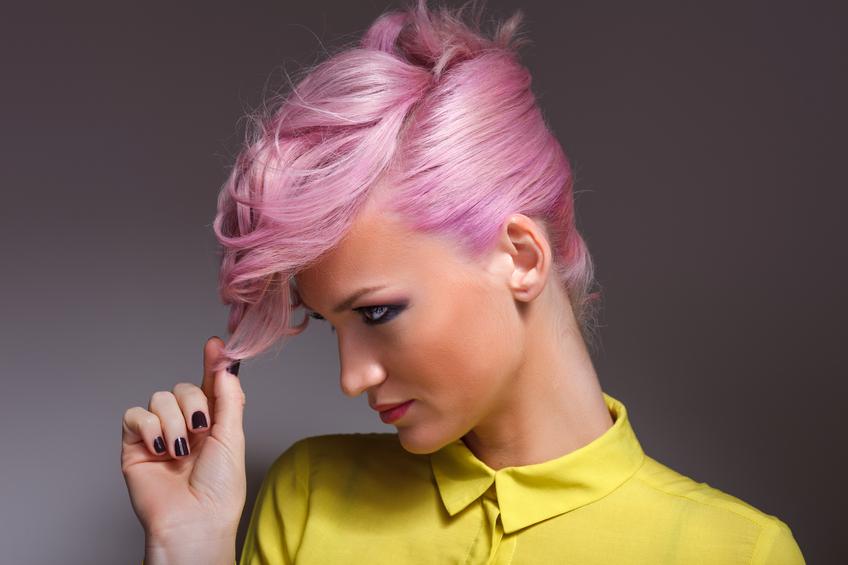 Como pintar o cabelo de rosa