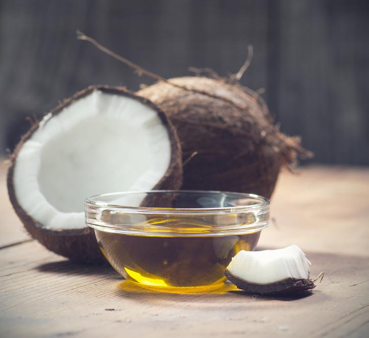 Óleo de coco na alimentação