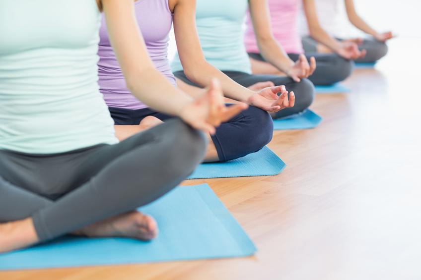 Posições de ioga para fortalecer os múculos