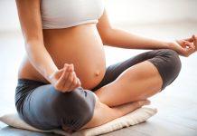 Posições de ioga para gestantes