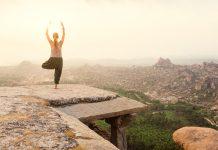 Praticar ioga