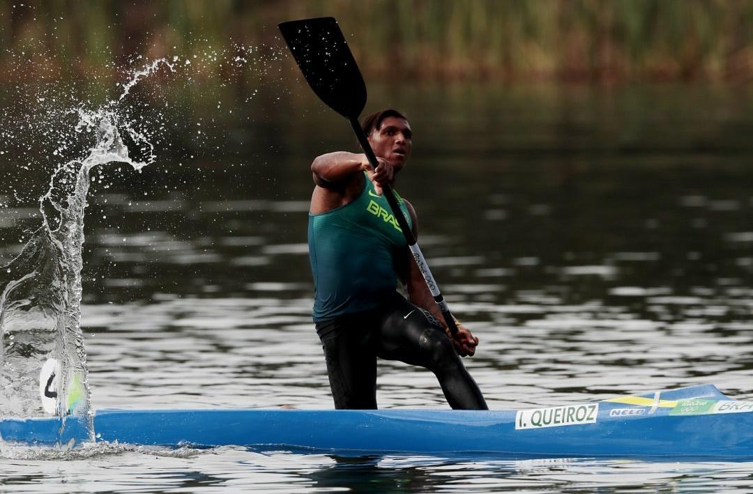 Isaquías deu a a primeira medalha da história da no Brasil (Foto: Instagram)