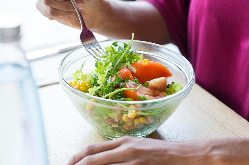Entenda como o estresse pode bloquear os efeitos positivos de uma alimentação saudável. (Foto: Istock)
