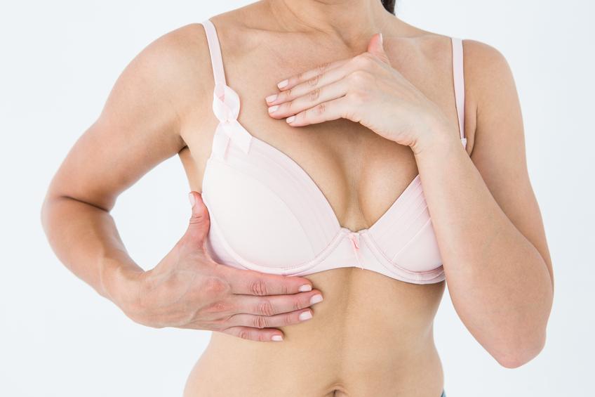 Outubro Rosa: Campanha alerta para a importância da realização dos exames preventivos ao câncer de mama. (Foto: Istock)