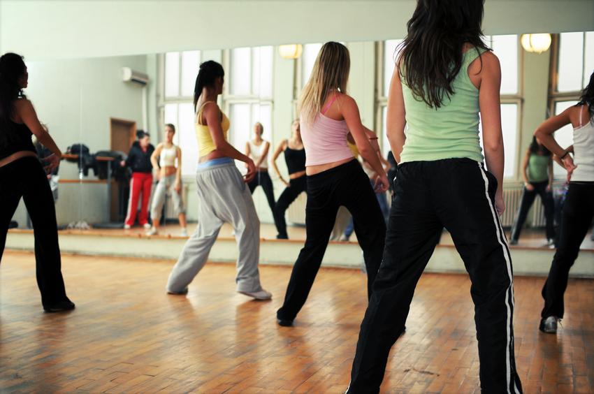 A aula de Video Dance ganhou as academias e conquistou famosas como Grazi Massafera. (Foto: Istock)