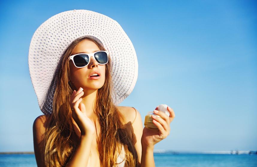 Os principais cuidados com a pele no verão. (Foto: Istock)