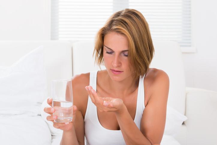 Tire suas dúvidas mais comuns sobre a pílula do dia seguinte. (Foto: Istock)