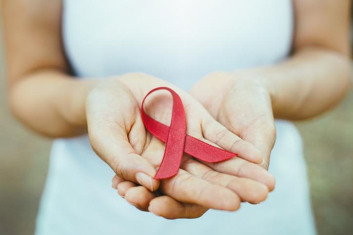 Saiba como está o quadro do vírus HIV no Brasil, atualmente. (Foto: Istock)